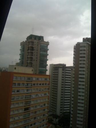 Janela Chuva São Paulo