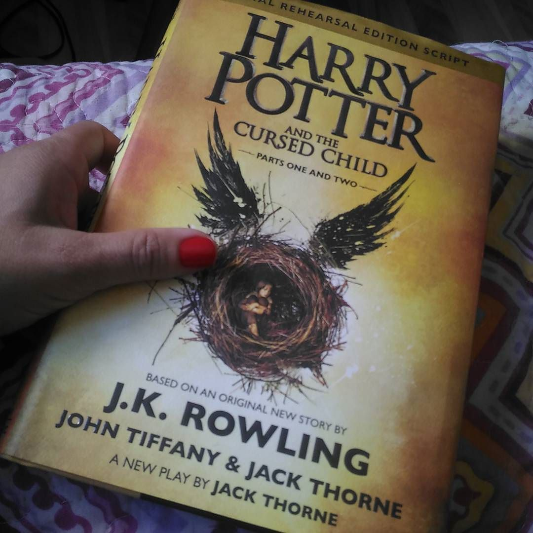 Livro: Harry Potter And The Cursed Child