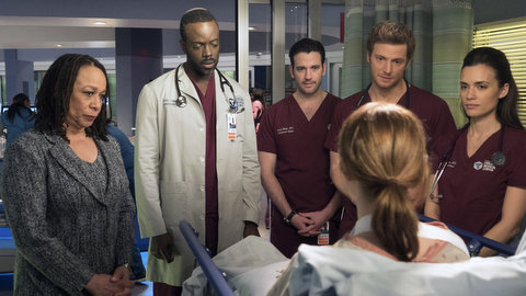 Chicago Med: Cold Front (2x14)
