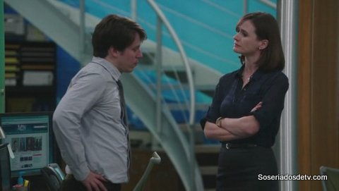 The Newsroom - The Blackout, Part 2: Mock Debate 1x09 s01e09 mack e jim