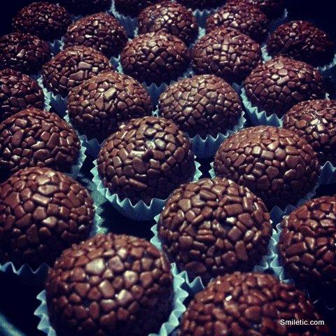 Meme de Dezembro - Chocolate: Brigadeiro