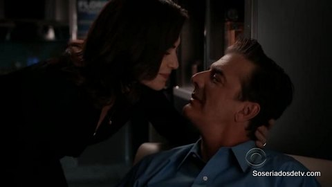 The Good Wife: Two Girls, One Code (4x03)