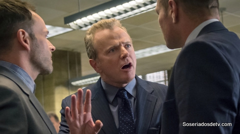 Elementary: On The Line (2x9)
