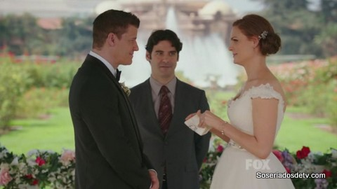 Bones: The Woman In White (9x6)