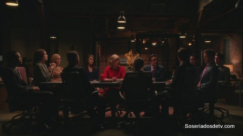 The Good Wife: A Weird Year 5x22 s05e22 Diane Alicia Cary Robbin Clark