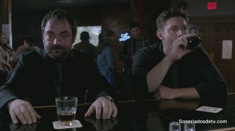 Supernatural: Black (ou As Desventuras de Crowley e o Esquilo) s10e01 10x01