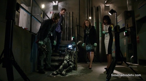 Bones The Corpse at the Convention 10x05 s10e05