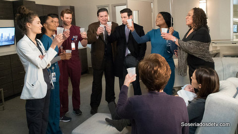 "CHICAGO MED -- ""Bound"" -- Pictured: (l-r) Rachel DiPillo as Dr. Sarah Reese, Yaya DaCosta as April Sexton, Brian Tee as Dr. Ethan Choi, Nick Gehlfuss as Dr. Will Halstead, Oliver Platt as Dr. Daniel Charles, Colin Donnell as Dr. Connor Rhodes, Marlyne Barrett as Maggie Lockwood, S. Epatha Merkerson as Sharon Goodwin, Torrey DeVitto as Dr. Natalie Manning, Annie Potts as Helen Manning -- (Photo by: Elizabeth Sisson/NBC)"