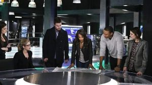 arrow-season-4-photos-13_FULL
