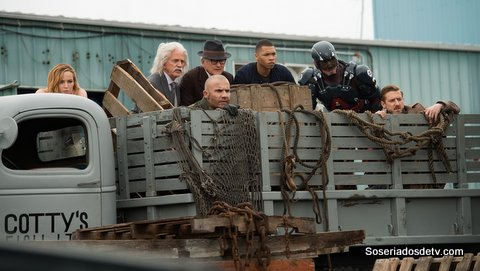 Legends Of Tomorrow: Out of Time  (2x01)