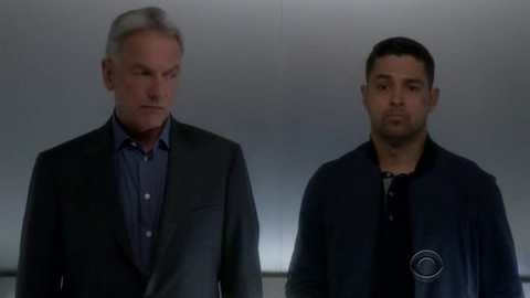 NCIS: One Book, Two Covers (14x21)