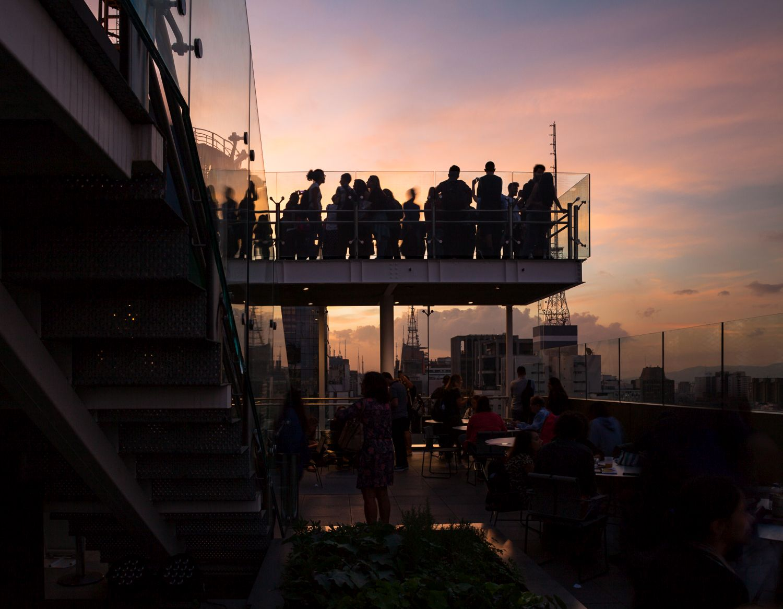 Terraço do Sesc Avenida Paulista recebe exibição ao ar livre de filmes